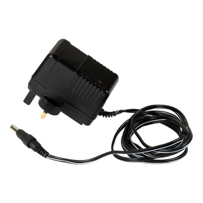 AIR/P/5/ANZ - Charger 230V UK plug ANZ - Authorised distributors only